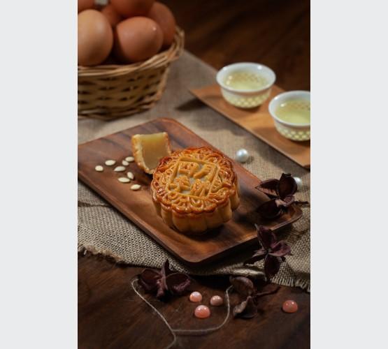 Baked Skin White Lotus Mooncakes (4pcs)