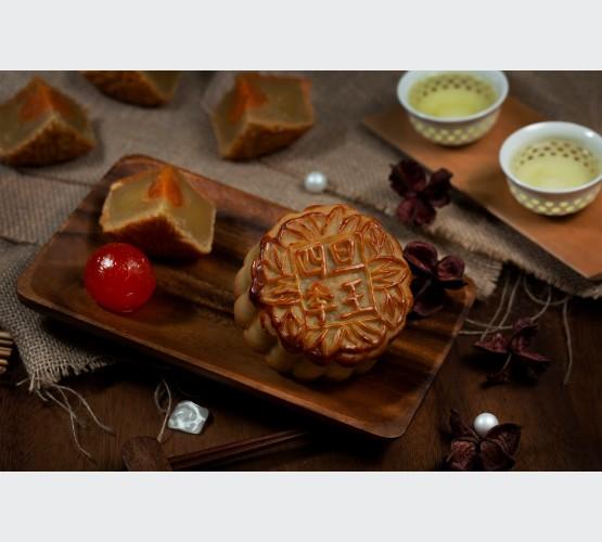 Baked Skin White Lotus with Single Yolk Mooncake (4pcs)